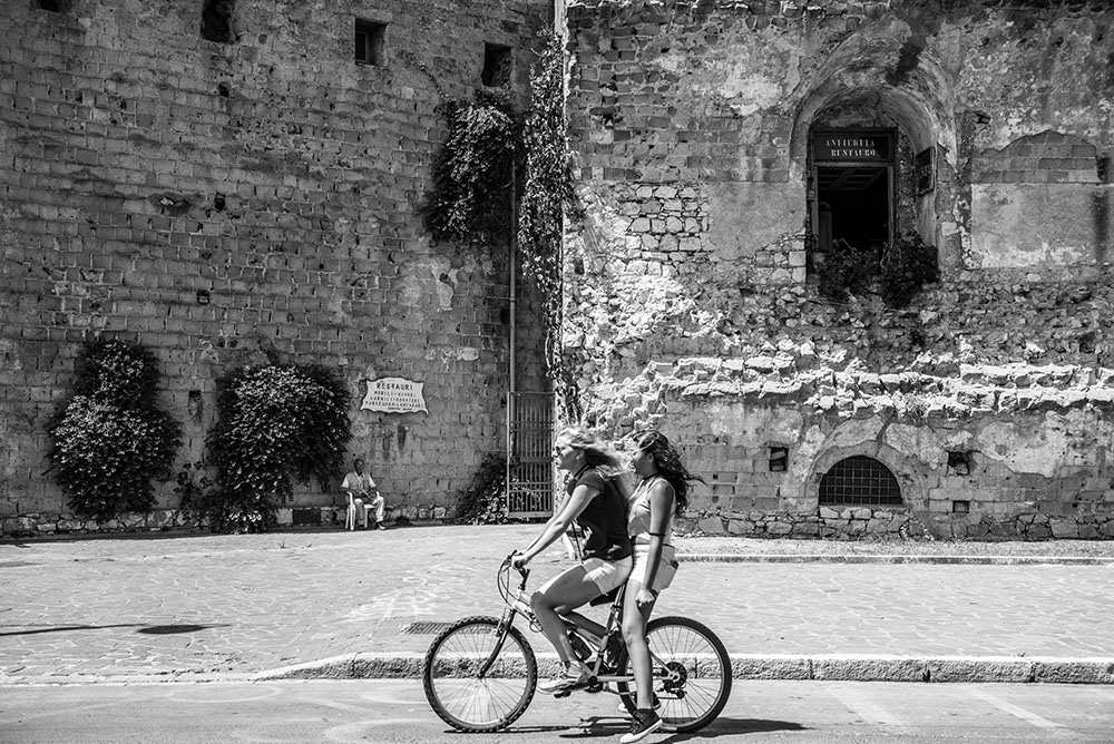 Ragazze in Bicicletta - Visita Gaeta